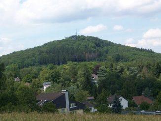 Mont Olberg, Siebengebirge, vue du village Ittenbach, Königswinter